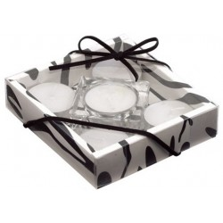 Fyrfads stager i glas. Str.11,3x11,3x2,7cm i gaveæske.