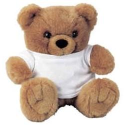 Bjørn med hvid t-shirt. 18x16cm